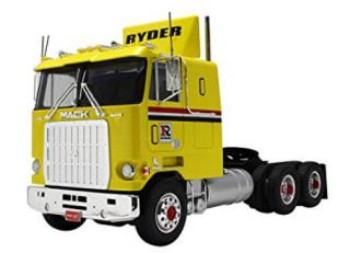 AMT Mack Cruise - Liner 1:25 AMT1062
