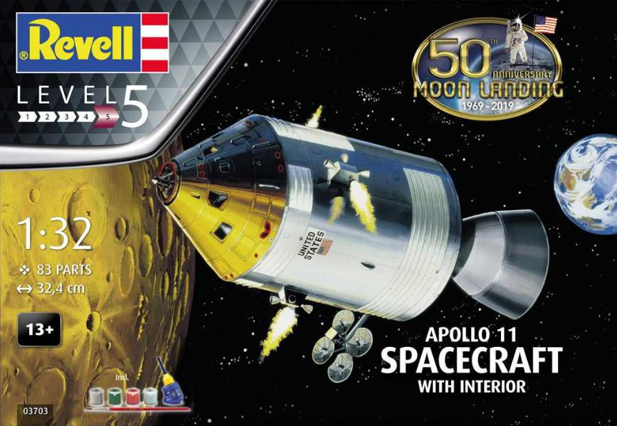 Revell Apollo 11 Spacecraft with Interior (50 Years Moon Landing) Gift Set 1:32 03703